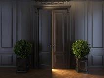 Strålar av ljus bak dörr Royaltyfri Foto