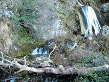 Strålarna av världsfloden i toppiga bergskedjan de Alcaraz Arkivfoton