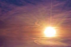 strålstigningssun Fotografering för Bildbyråer