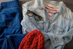 Strój odzieżowi i kobieta akcesoria Fotografia Stock