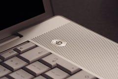 ström för knappdetaljbärbar dator Arkivbild