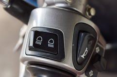 Strömbrytarekontrollheadlilight och blinker av motorcykeln Royaltyfri Fotografi