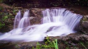 Ströme und Wasserfälle Lizenzfreie Stockfotos
