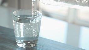 Strömendes Wasser stock video footage