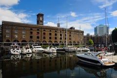 Str. katharine Dock Stockbilder