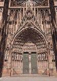 Straßburg-Kathedrale, Hauptportal Stockbilder