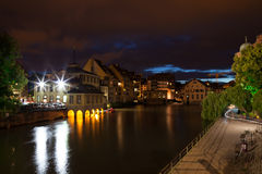 Straßburg - wenig Frankreich nachts Lizenzfreie Stockfotografie