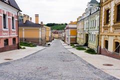 Straße abgedeckt mit Pflasterungsteinen Lizenzfreie Stockbilder