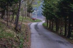 Straße auf Tschechisch Beskids lizenzfreie stockfotos