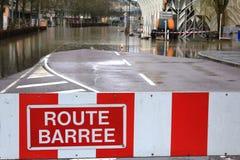 Straße blockierte wegen der Flut in Remich, Luxemburg Stockfoto