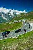 Straße in den Alpen Lizenzfreie Stockfotografie