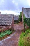 Straße in der französischen Bretagne Stockfotografie