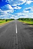 Straße in der Landschaft Stockfotografie
