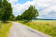 Straße in der Landschaft Stockfoto