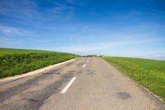 Straße in der Landschaft Lizenzfreies Stockbild