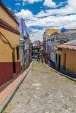 Straße in der Mitte von Bogota stockfotos