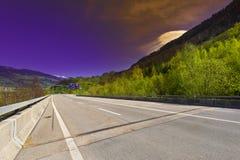 Straße in der Schweiz Lizenzfreie Stockfotografie