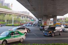Straße in der Stadt stockfoto