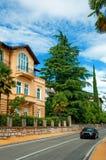 Straße in der Stadt. Kroatien Lizenzfreies Stockfoto