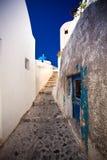 Straße der Stadt Oia, Santorini Stockbild