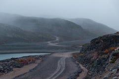 Straße in der Tundra Lizenzfreie Stockfotografie