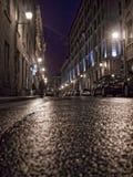 Straße des alten Hafens in Montreal nachts Stockfotos