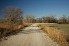 Straße des blauen Stammes in Chase County Kansas Stockfotos