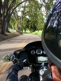 Straße des Fahrrad-Radfahrer-OTS POV Kalifornien stockbild