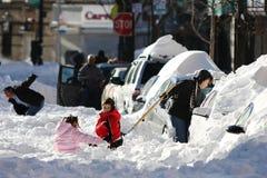 Straße die Nachmahd eines Winterblizzards Stockfotografie