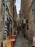 Straße in Dubrovnik lizenzfreie stockbilder