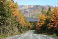 Straße durch die Berge lizenzfreie stockfotos