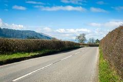Straße durch die Nord-Wales-Landschaft Stockbilder