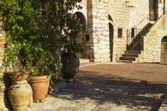 Straße in einer Stadt von Toskana Lizenzfreies Stockfoto
