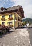 Straße eines Dorfs in Österreich Lizenzfreies Stockfoto