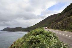 Straße entlang der Atlantikküste Stockbild