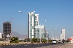 Straße in Fujairah-Stadt Lizenzfreie Stockfotos