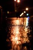 Straße gleich nach dem Regen stockfoto