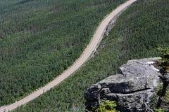 Straße herauf den Berg Stockfotografie