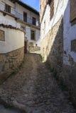 Straße im alten Dorf von Candelario in Spanien 24. September 2017 Spanien Lizenzfreie Stockfotografie