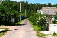 Straße im Dorf stockfotografie
