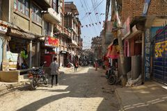 Straße im Herzen der alten Stadt in Kathmandu Stockfotografie