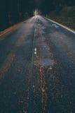 Straße im Odenwald-Wald Lizenzfreies Stockfoto