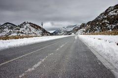Straße im Schnee Stockfotos