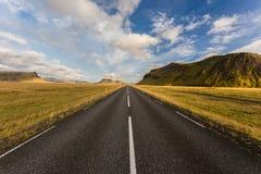 Straße in Island Stockfotografie