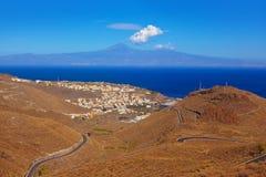 Straße in Lagomera-Insel - Kanarienvogel Stockbilder