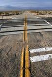 Straße, Mojave-Wüste lizenzfreies stockbild