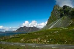 Straße nach Küstengrundsatz Lizenzfreie Stockbilder