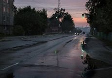 Straße nach Regen Stockbild
