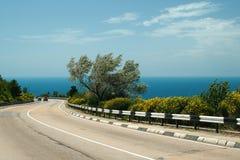 Straße nahe dem Meer Lizenzfreies Stockbild