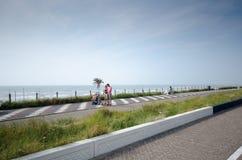 Straße nahe der Nordsee Stockfotografie